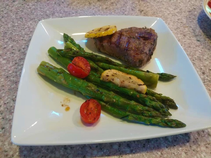Lamb Loin Chops with Asparagus